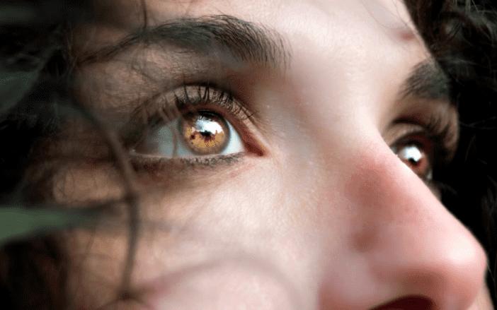 subliminal đổi màu mắt có thật không