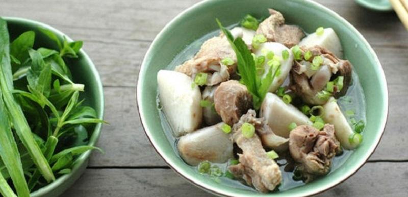 thịt vịt nấu khoai sọ 4